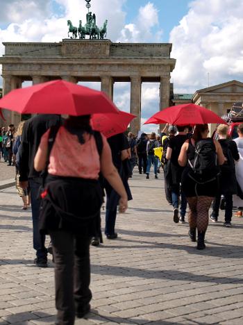 Sexarbeiter*innen- & Unterstützer*innen am Brandenburger Tor