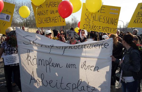 Sexarbeiter_innen-Demonstration gegen die Straßenstrich-Schließung