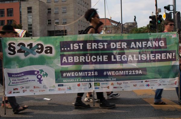 Weg mit § 219a