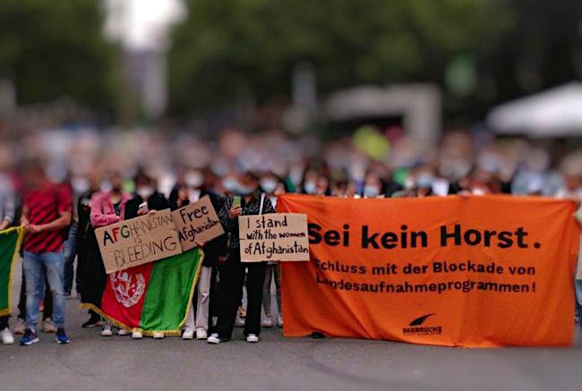 Afghanistan-Kundgebung in Dortmund: Luftbrücke jetzt